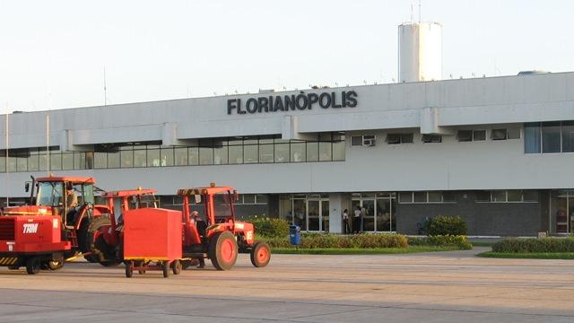 Florianopolis Airport | © kikesan | © atramos