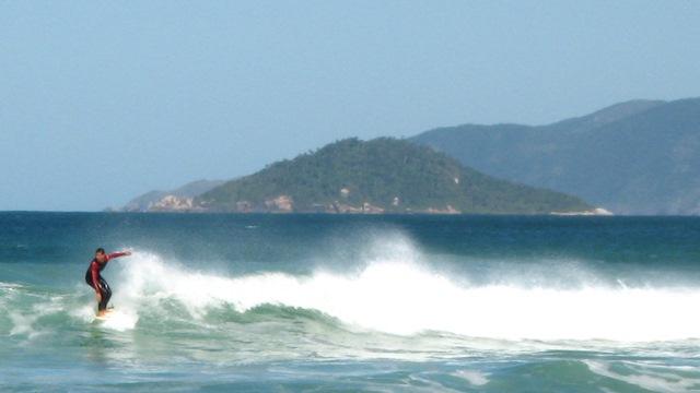 Florianopolis Surf Camp | © Hector Garcia